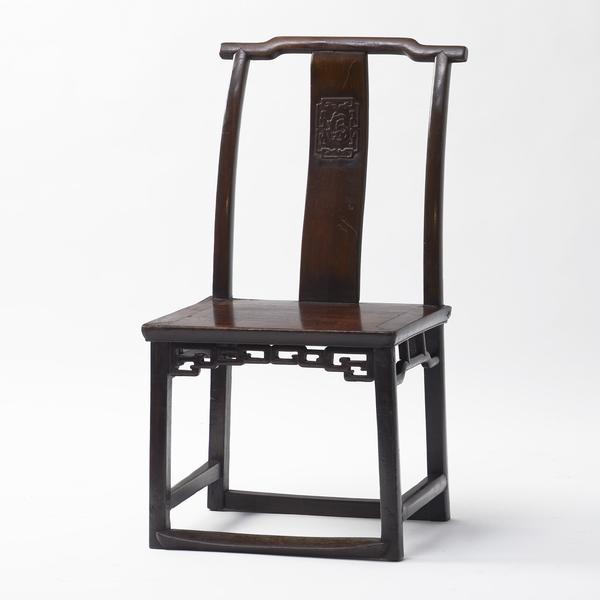 Trevor O'Reilly_12-15-20_Chair_1_A
